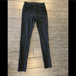 BDG Twig High Rise Jean in Black Size 27